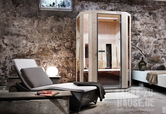 reinbold saunabau sauna zu hause. Black Bedroom Furniture Sets. Home Design Ideas