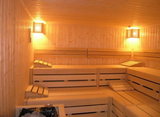 jelitto saunabau sauna zu hause. Black Bedroom Furniture Sets. Home Design Ideas