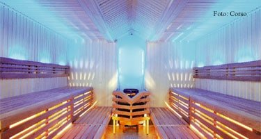 Sauna blau erleuchtet