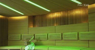 Sauna grün erleuchtet