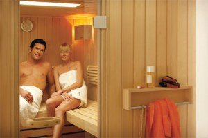 kologisch relaxen sauna zu hause. Black Bedroom Furniture Sets. Home Design Ideas