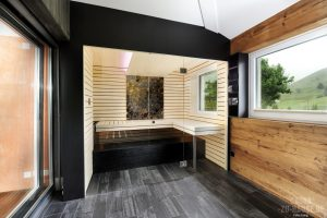 endlich daheim sauna zu hause. Black Bedroom Furniture Sets. Home Design Ideas