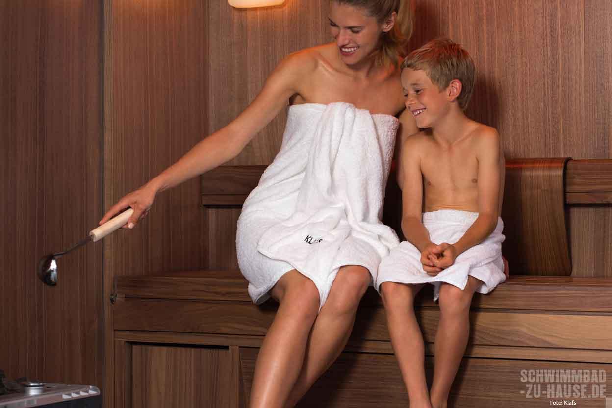 Mit Den Kids In Die Sauna